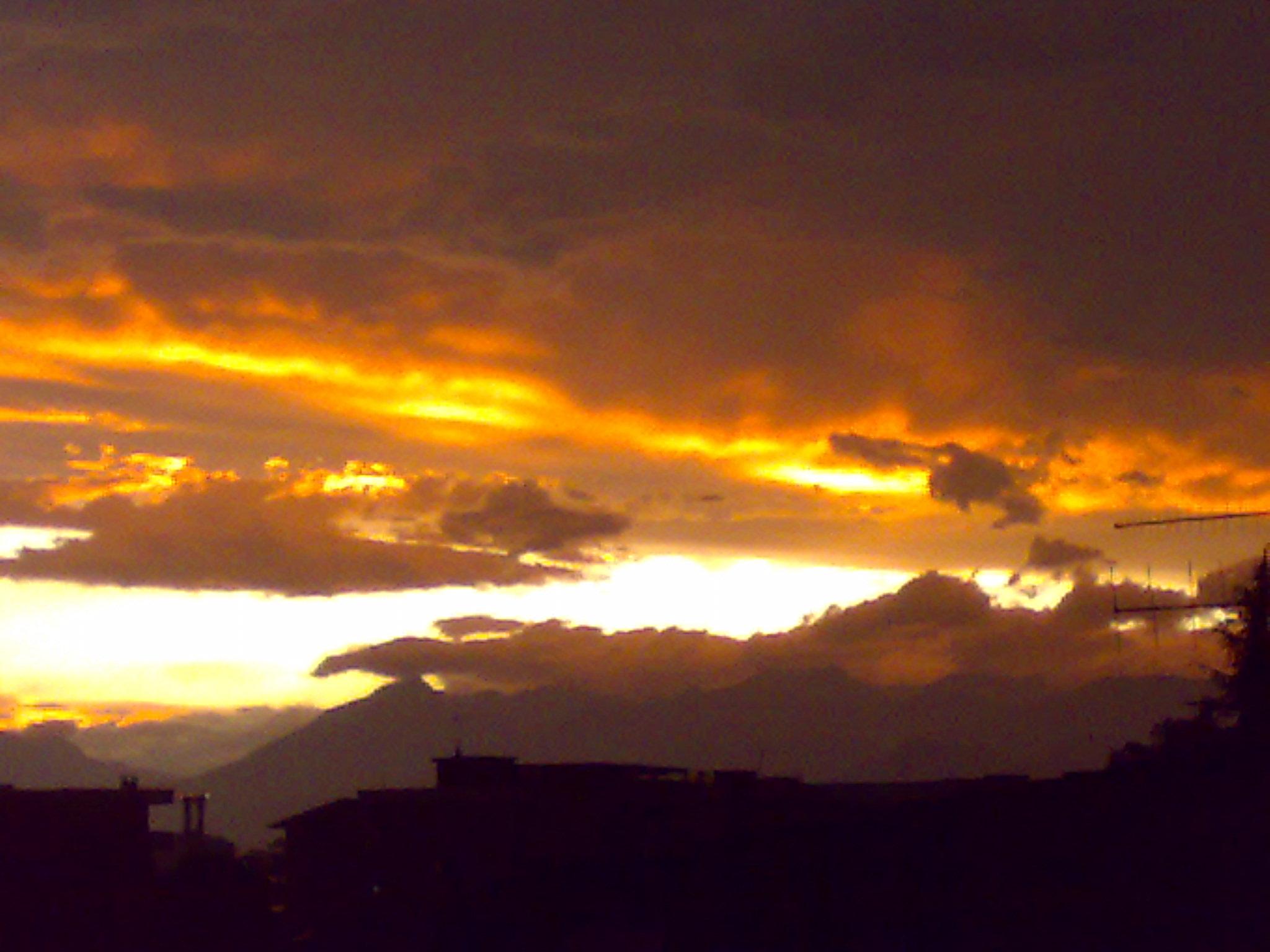 foto al tramonto in Come si dice in certi casi:  non ci sono parole. Moncalieri (TO)