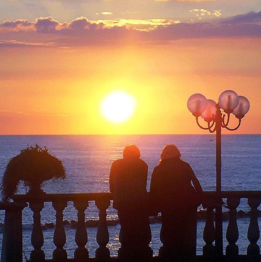 foto al tramonto in Sognando al tramonto da Anzio