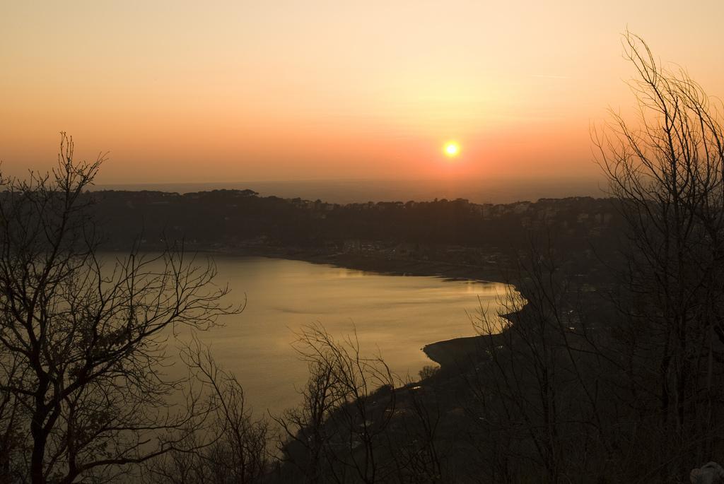 foto al tramonto in Di ritorno dai castelli