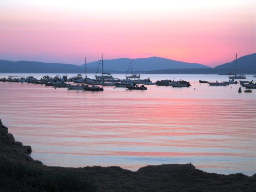 foto al tramonto in Questa foto è stata scattata nell'estate del 2006 mentre passeggiavo al Lido di Alghero