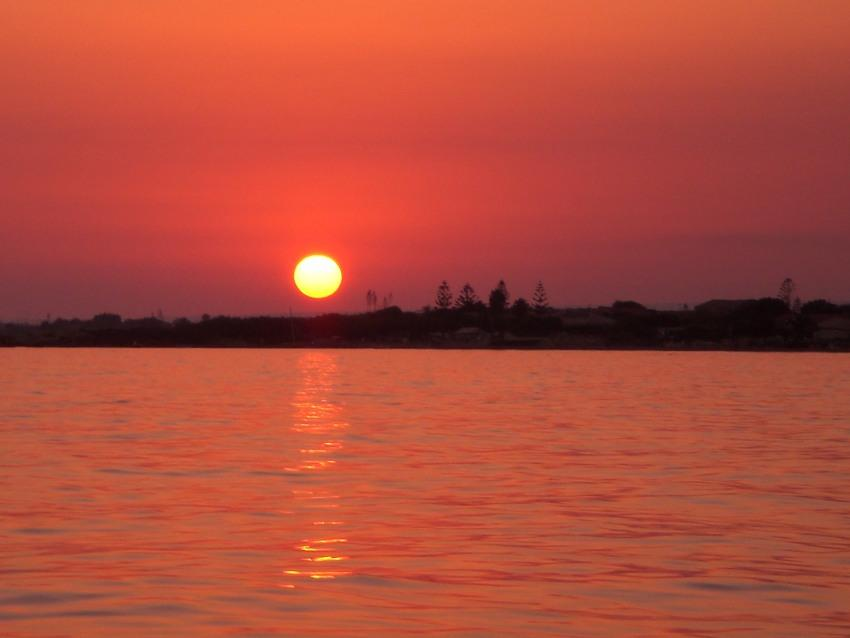 foto al tramonto in Tramonti sul mare