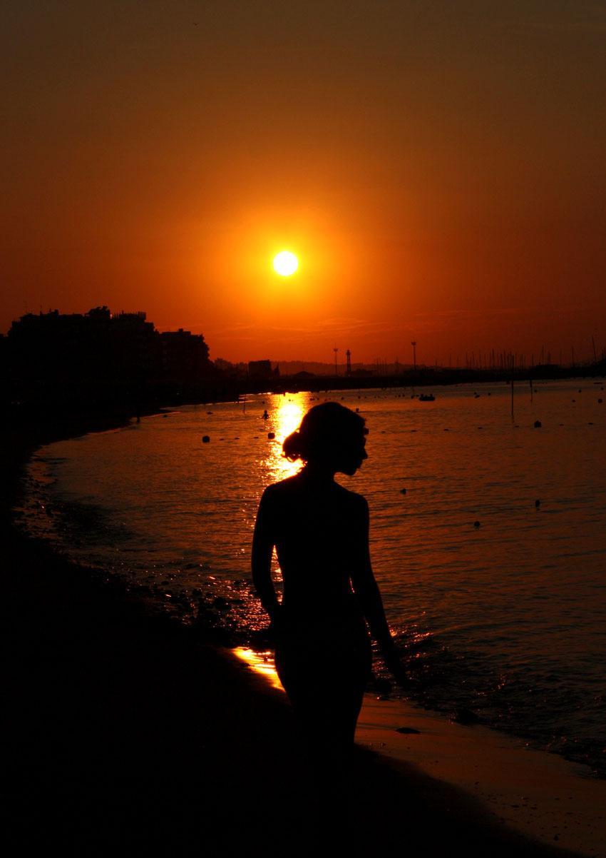 foto al tramonto in Lei e il Sole Gabicce Mare (PU)