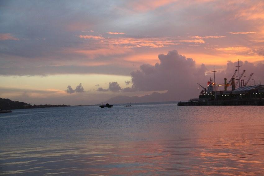 foto al tramonto in Un tramonto meraviglioso da Bora Bora