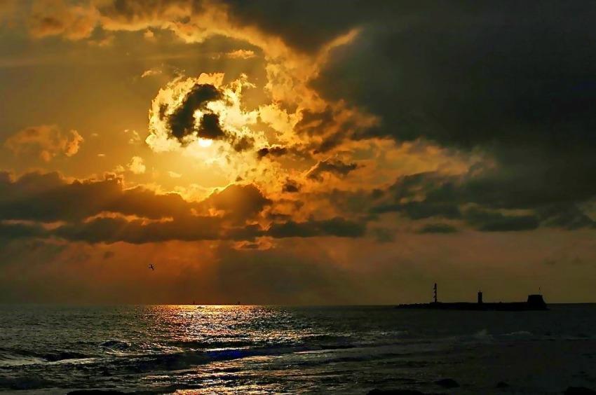 foto al tramonto in Oro alla Terrazza da Livorno