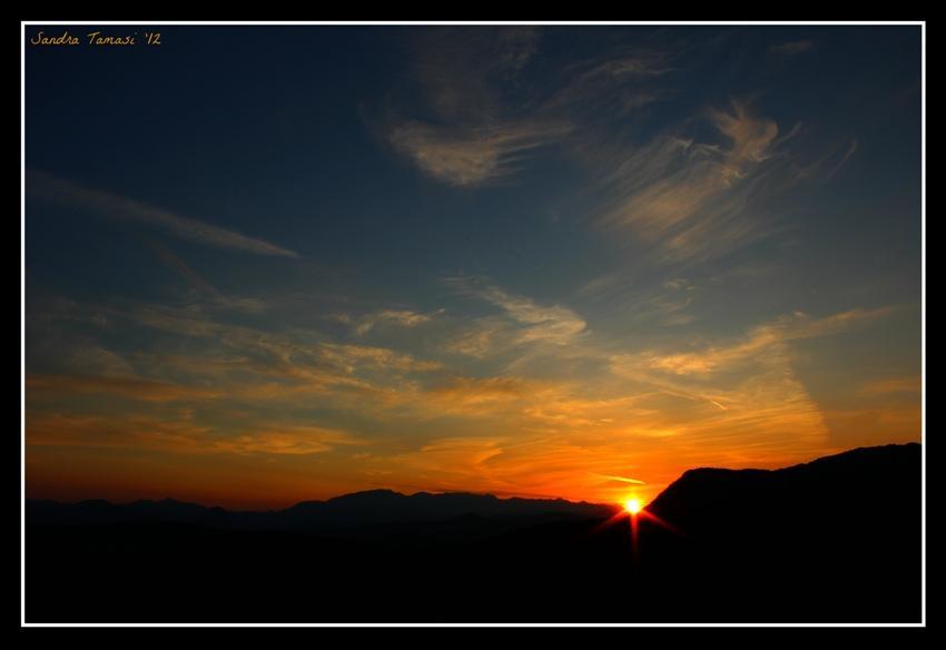 foto al tramonto in Calano lente le ombre della sera