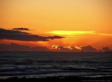 il-tramonto-gli-ultimi-raggi-sul-mare