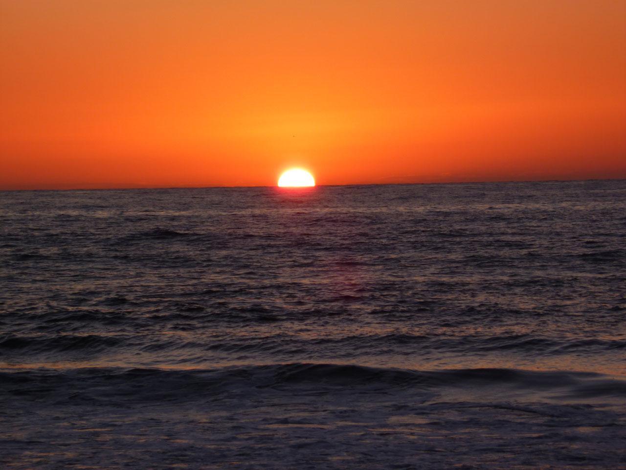 foto al tramonto in Tramonto in Sicilia da Erice Mare (TP)
