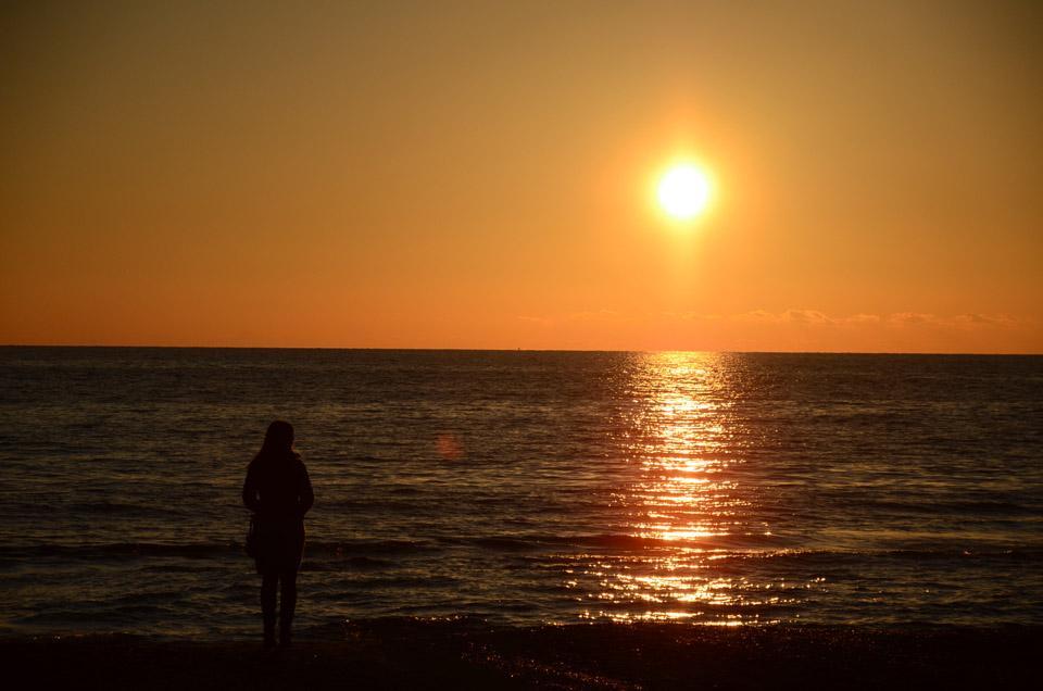 foto al tramonto in Salutando il 2012 al tramonto da Latina