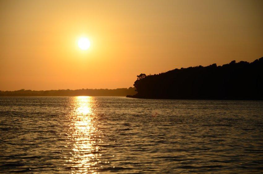 tramonto-sul-lago