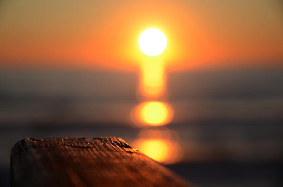 foto al tramonto in Un tramonto sfumato sul mare da Sabaudia