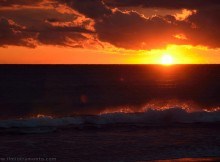 tramonto-tra-le-onde