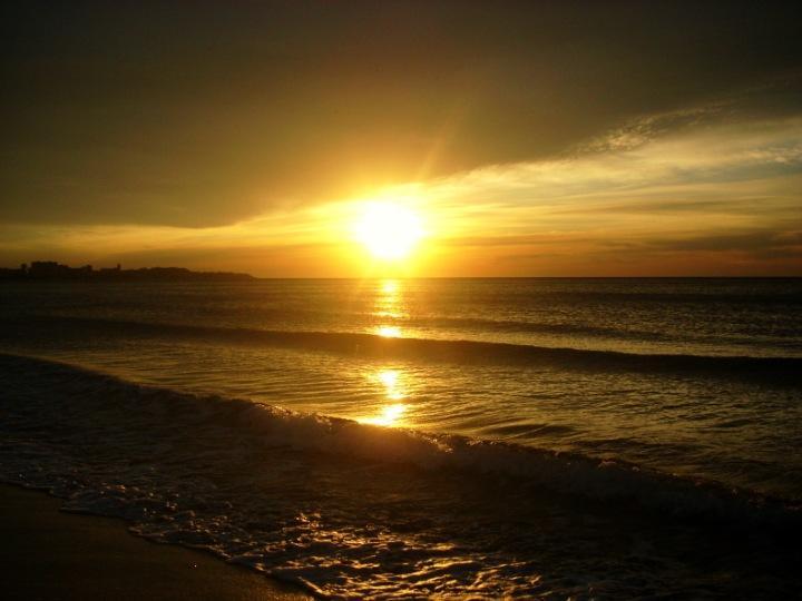 …spiaggia deserta…solo mare!!! Alicante (Spagna)