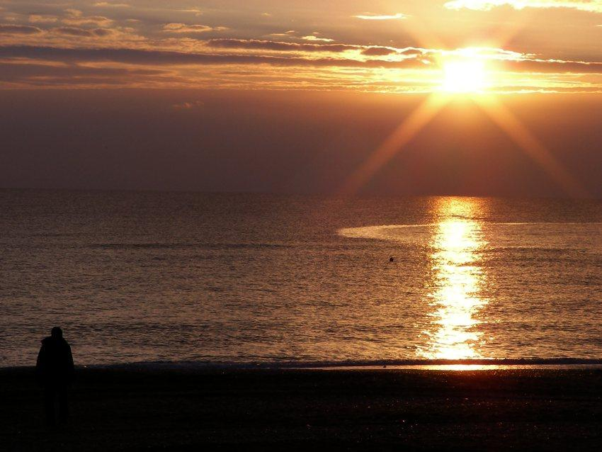 Tramonto sul mare a capodanno 2010 immagine del tramonto al mare foto di tramonti immagini al tramonto